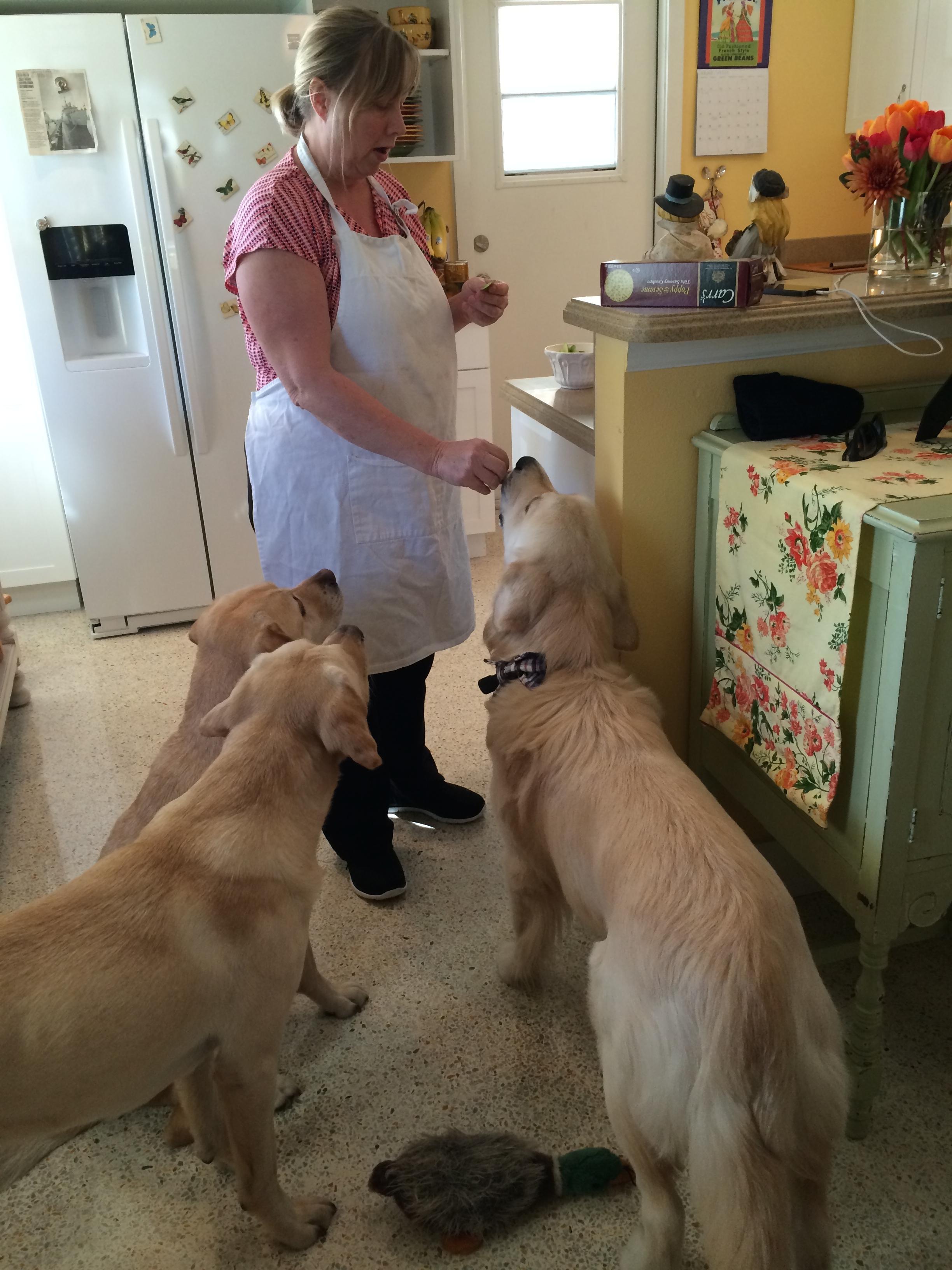 All the boys get apple snacks!