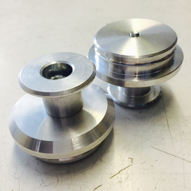 Elite inlet bung with machined groove for better seal