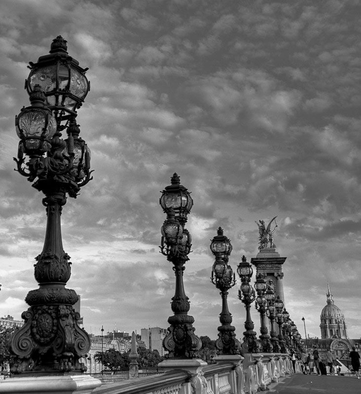 Street lamps of Paris in Black and white
