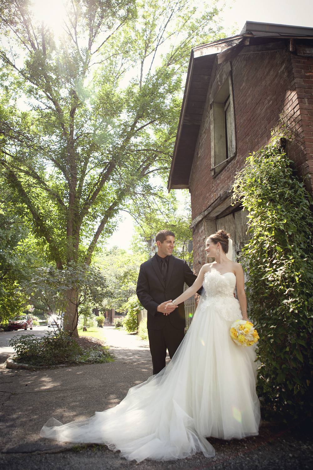 Indianapolis-Indiana-Wedding-Photographer-Crowes-Eye-Photography-Lockerbie-Bride-and-Groom.jpg