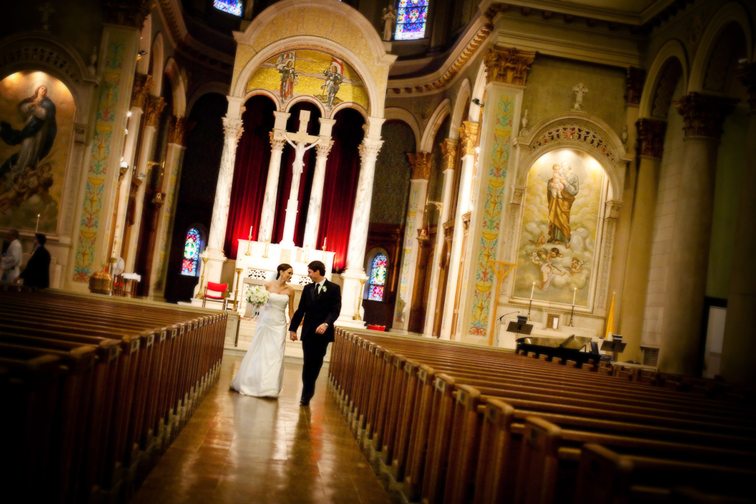 Indianapolis-Saint-Joan-of-Arc-Wedding-Photographer-Crowes-Eye-Photography-Bride-and-Groom-exit.jpg