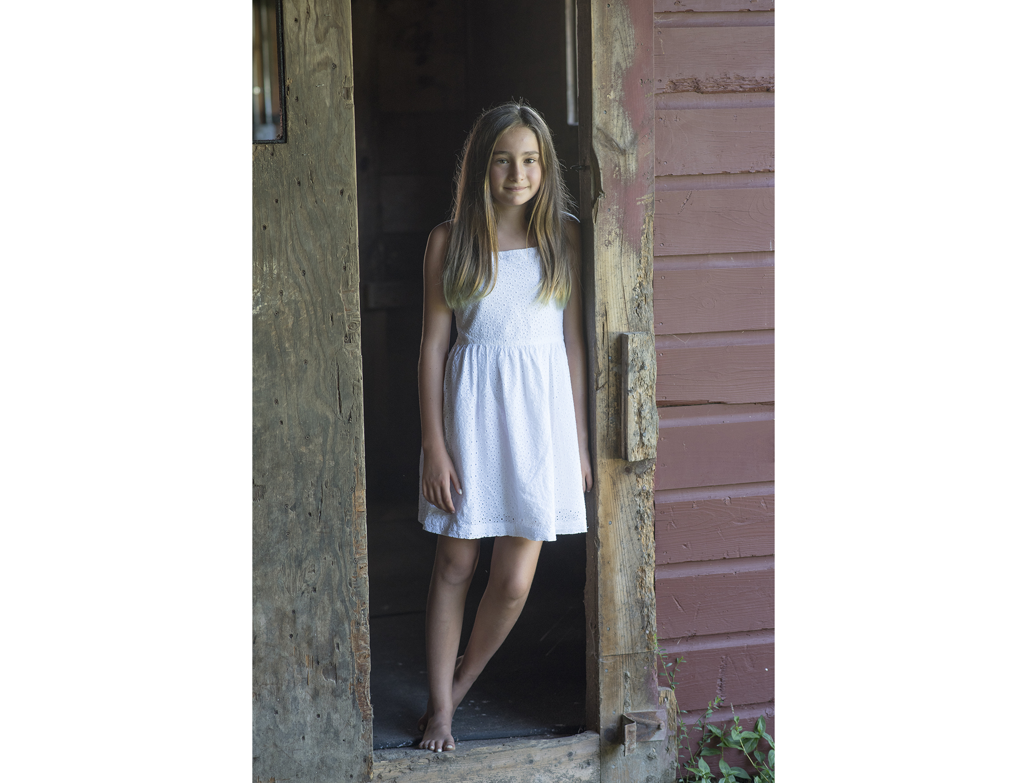 girl_farm_portrait.jpg