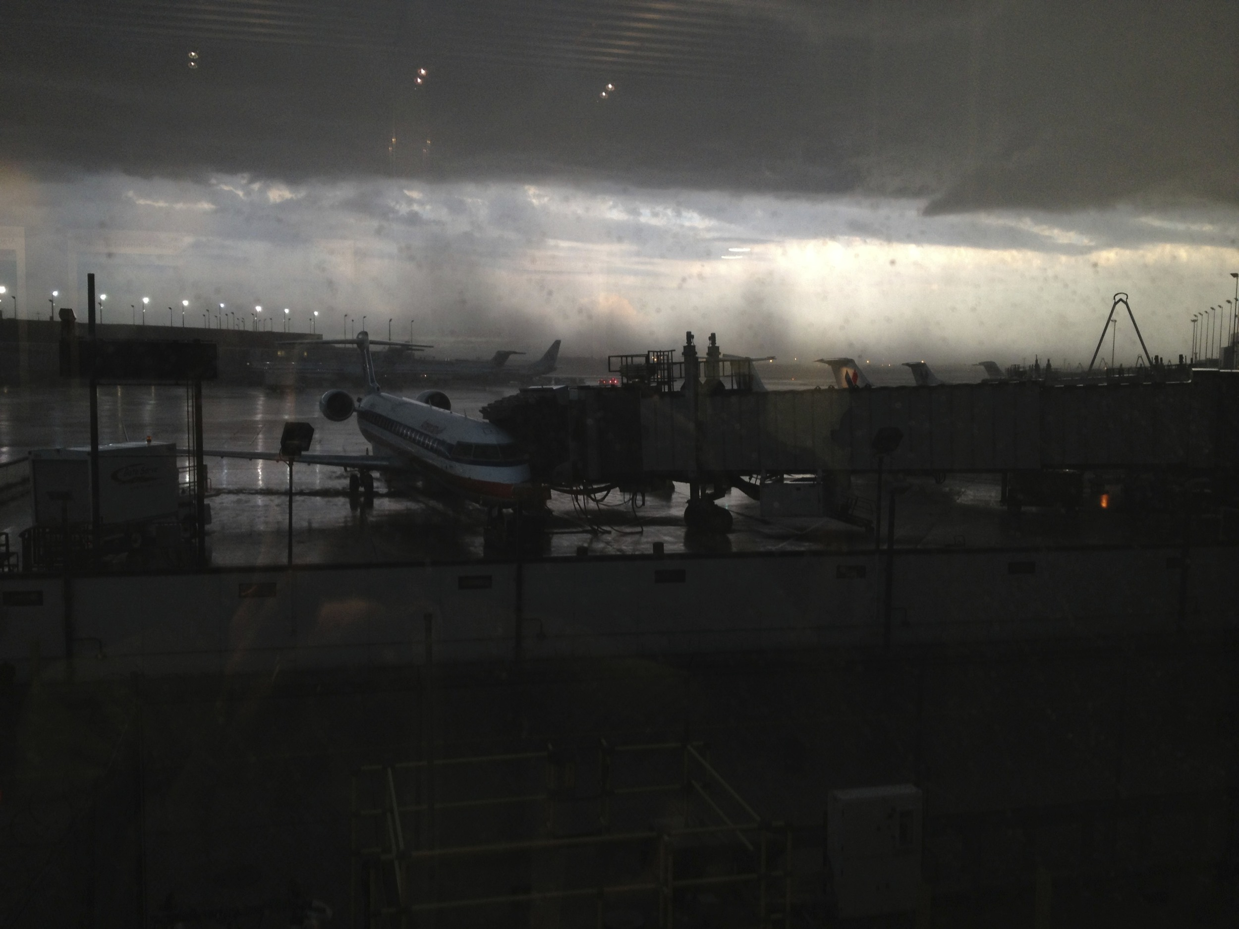 O'Hare wall of storm