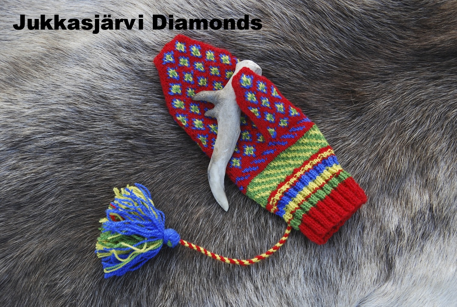 Jukkasjärvi Diamonds, Swedish Sámi Knitted Mitten