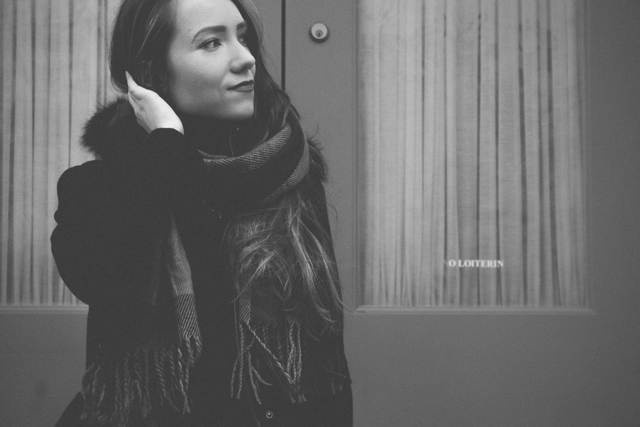 laura_portraits-9.jpg