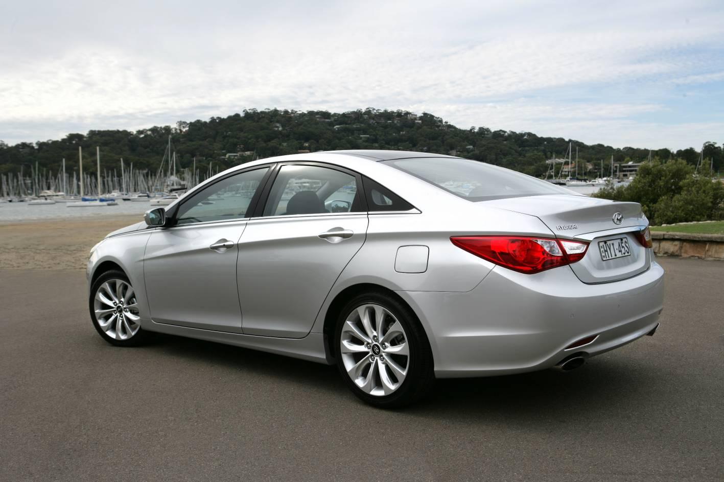 2010 Hyundai i45 Premium sedan - nice car; shame about the ride and handling