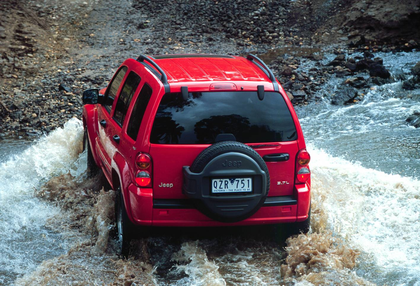 2009 jeep cherokee rear.jpg