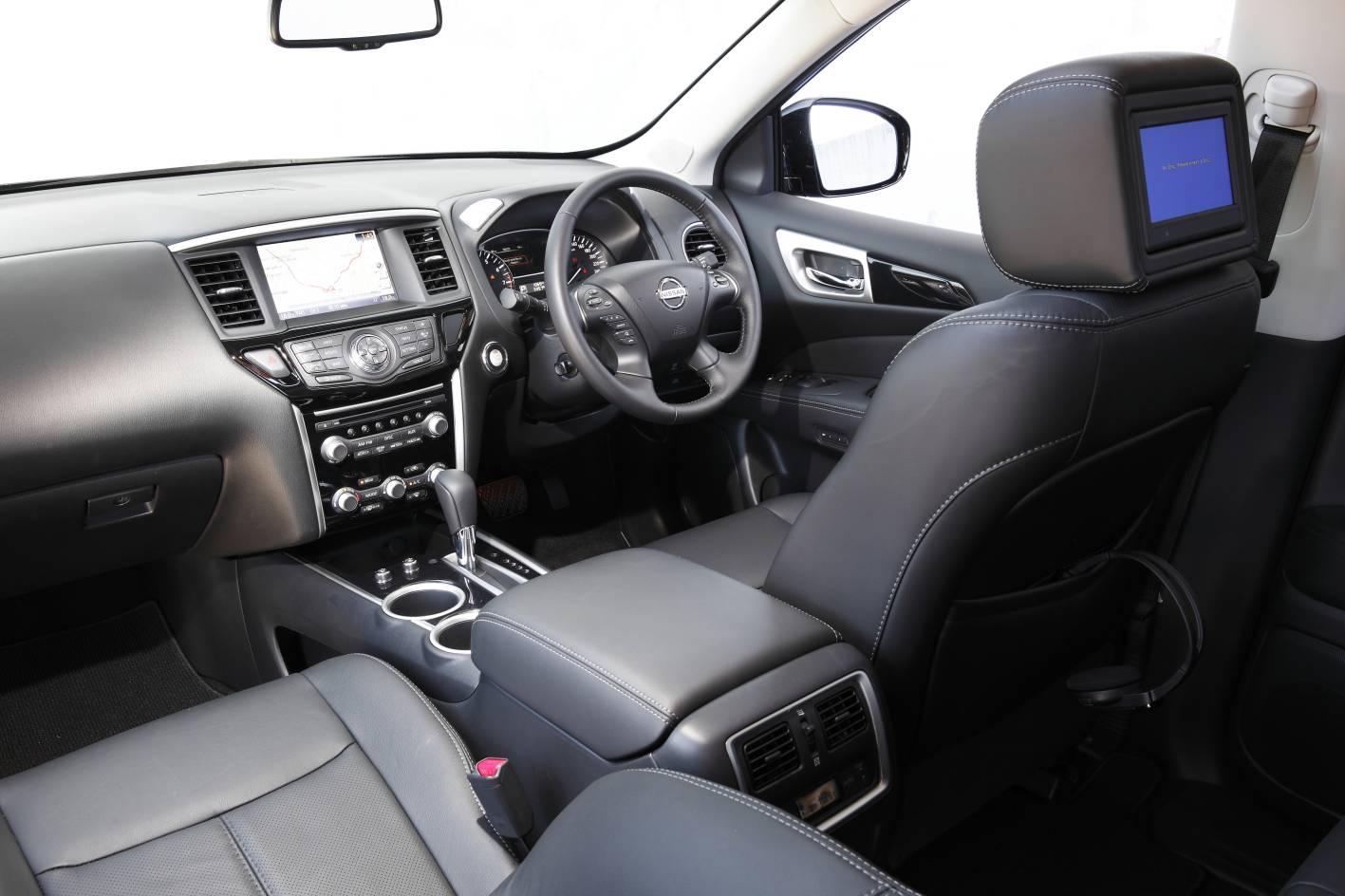2014 Nissan Pathfinder 13.jpg