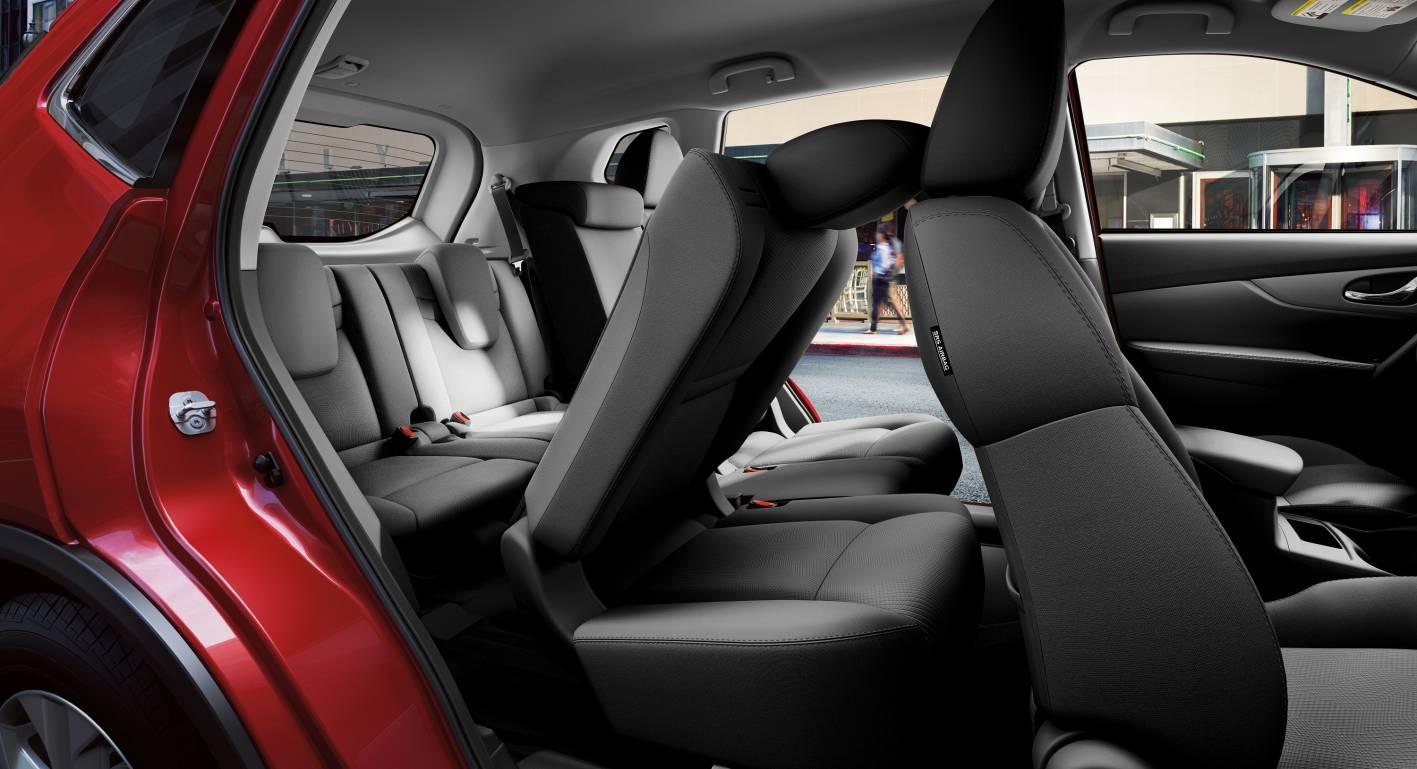 2014 Nissan X-Trail 23.jpg