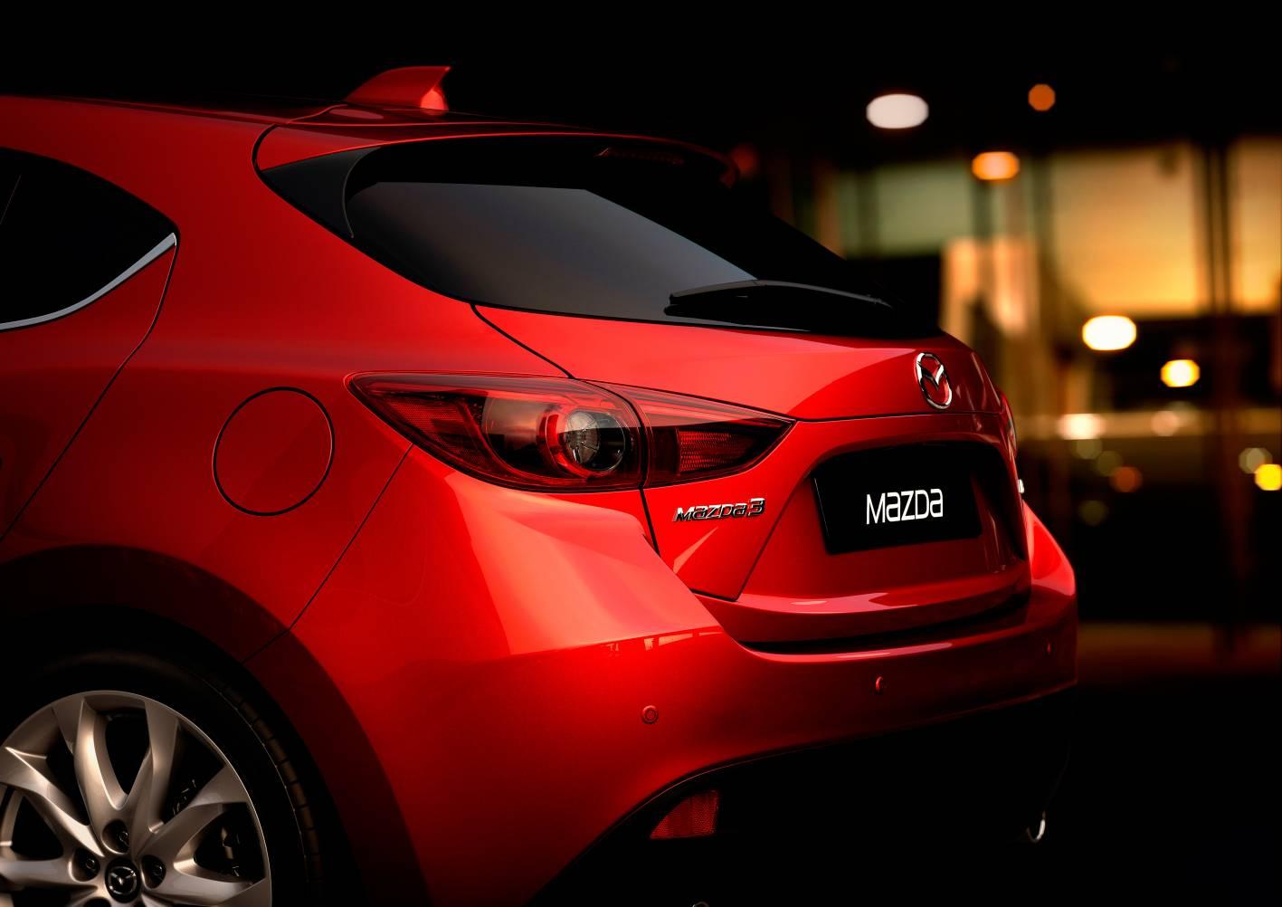 2014 Mazda3 Astina 7.jpg