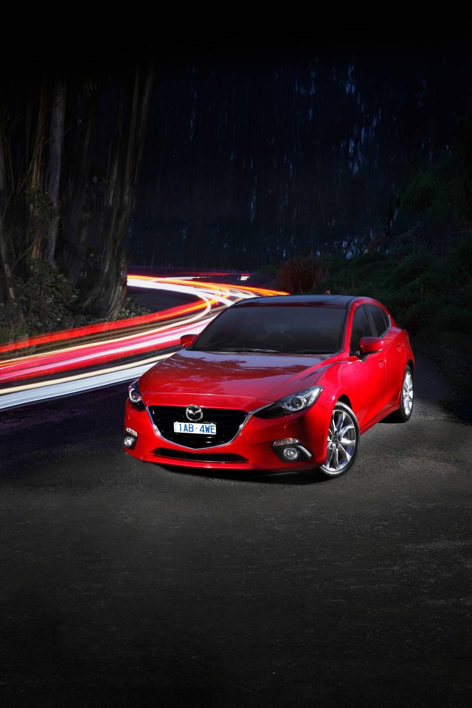 2014 Mazda3 Astina 14.jpg