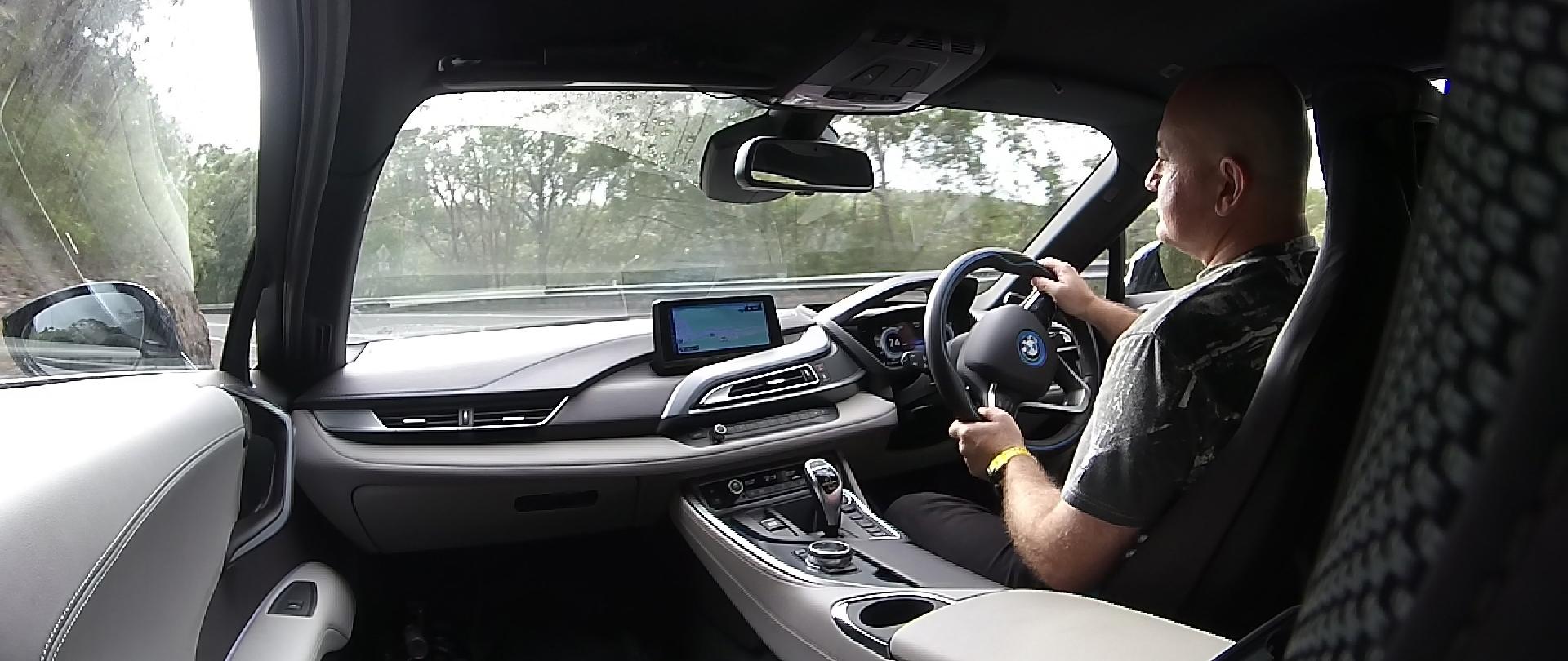 BMW i8 08.jpg