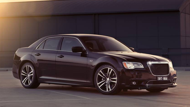 2015 Chrysler 300 SRT 8 Core 2.jpg