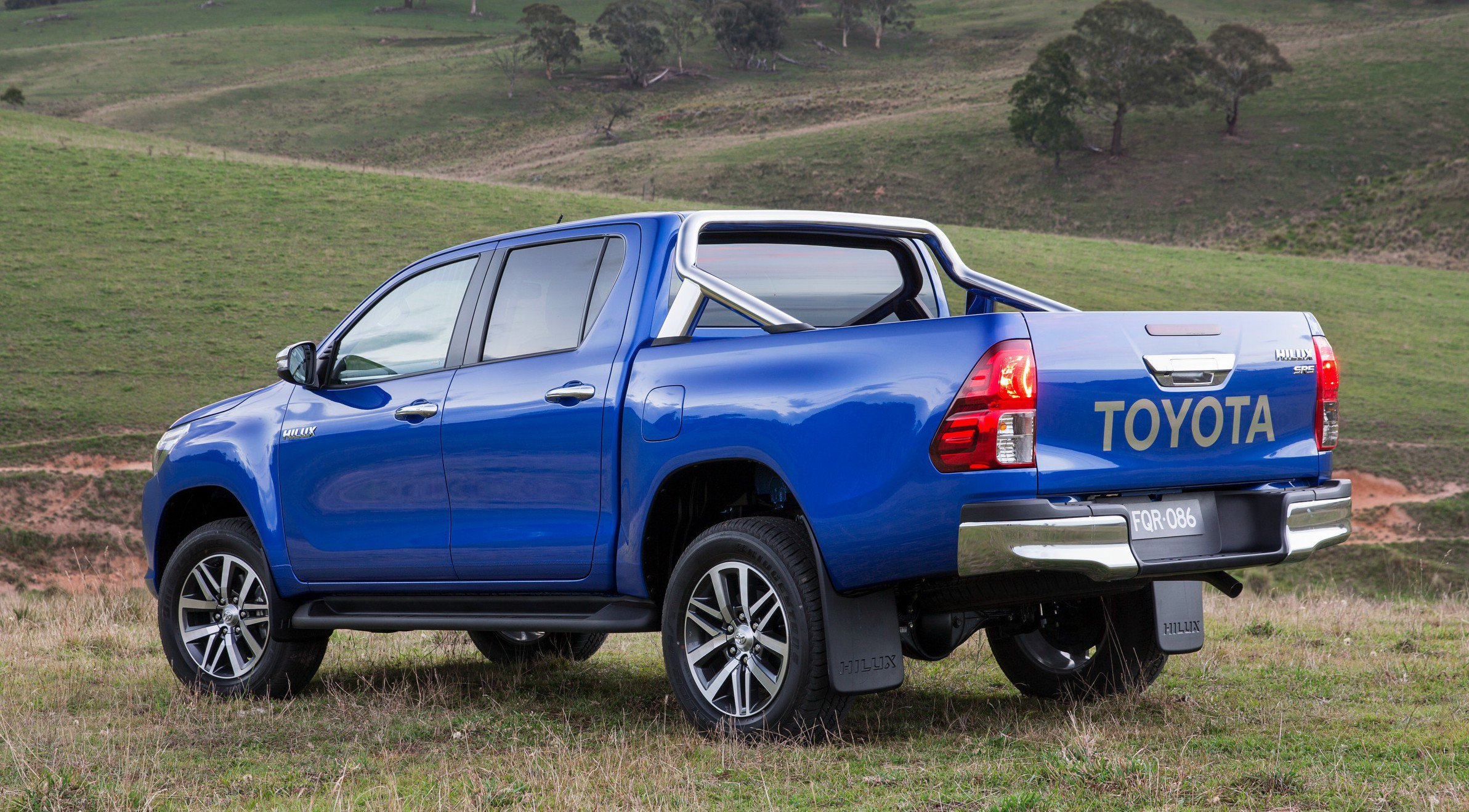 New Toyota Hilux Ute Review 2016 — Auto Expert by John