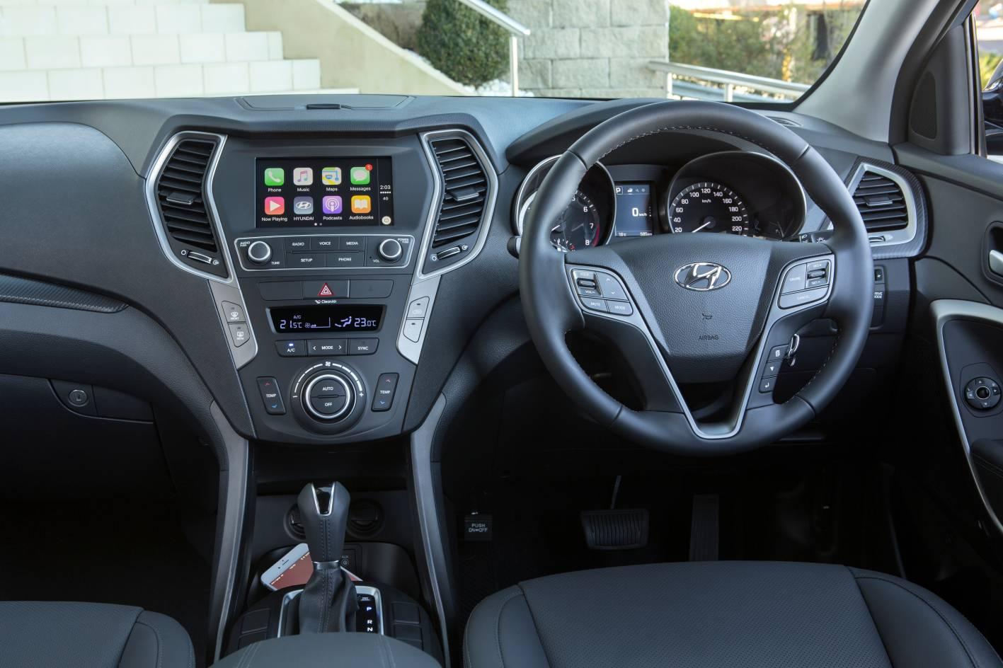 Hyundai Santa Fe 4.jpg