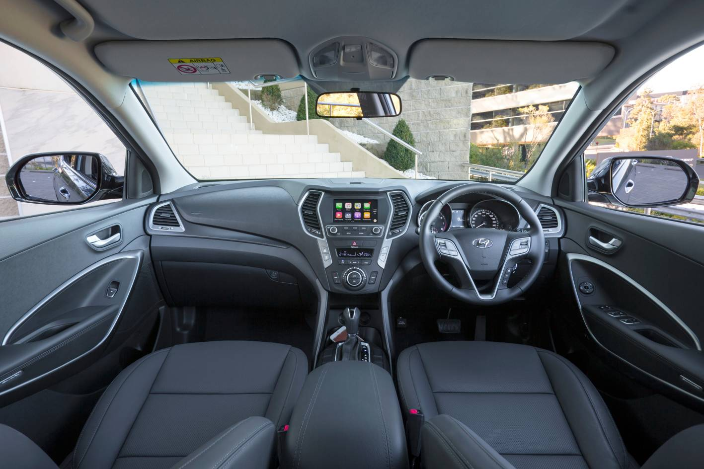 Hyundai Santa Fe 5.jpg