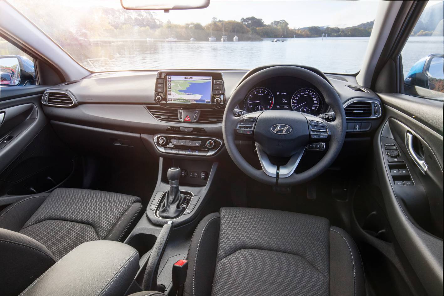 Hyundai i30 review & buyer's guide — Auto Expert by John Cadogan