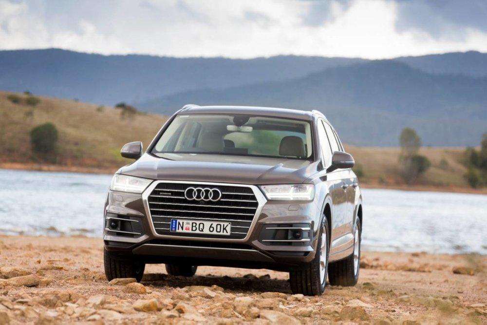 2016+Audi+Q7.jpg