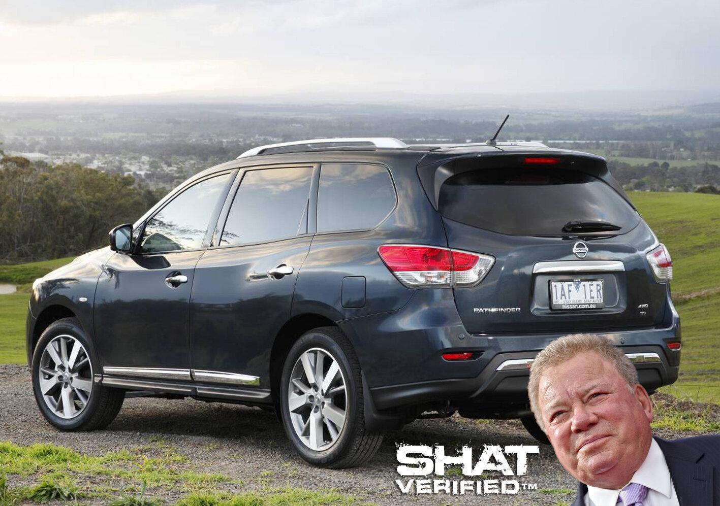 Nissan Pathfinder R52 1.jpg