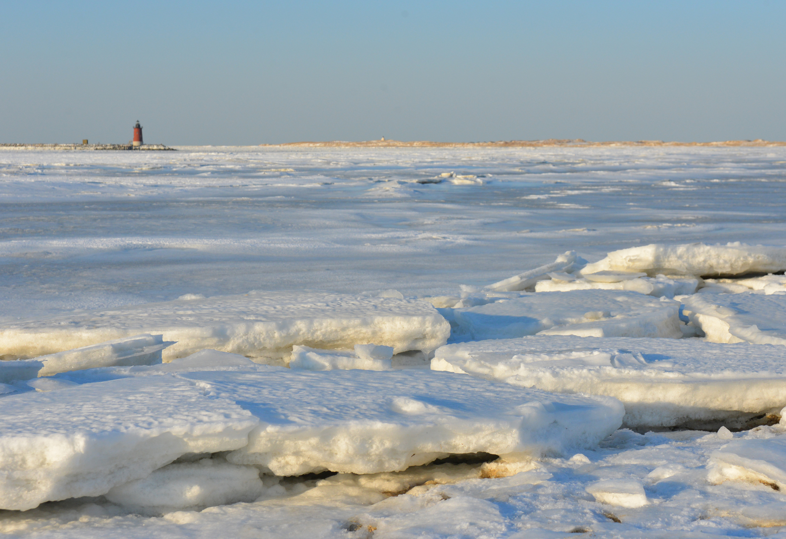 On Delmarva: Ice Floes in the Delaware Bay