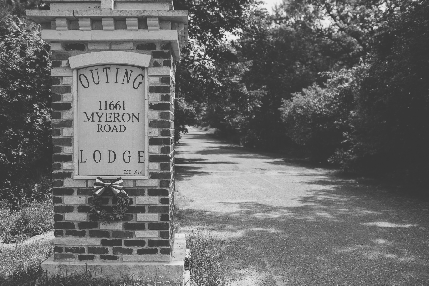 Lydia_Nihart_At_The_Outing_Lodge_Stillwater_Minnesota_By_Photographer_Joe_Lemke_062.JPG