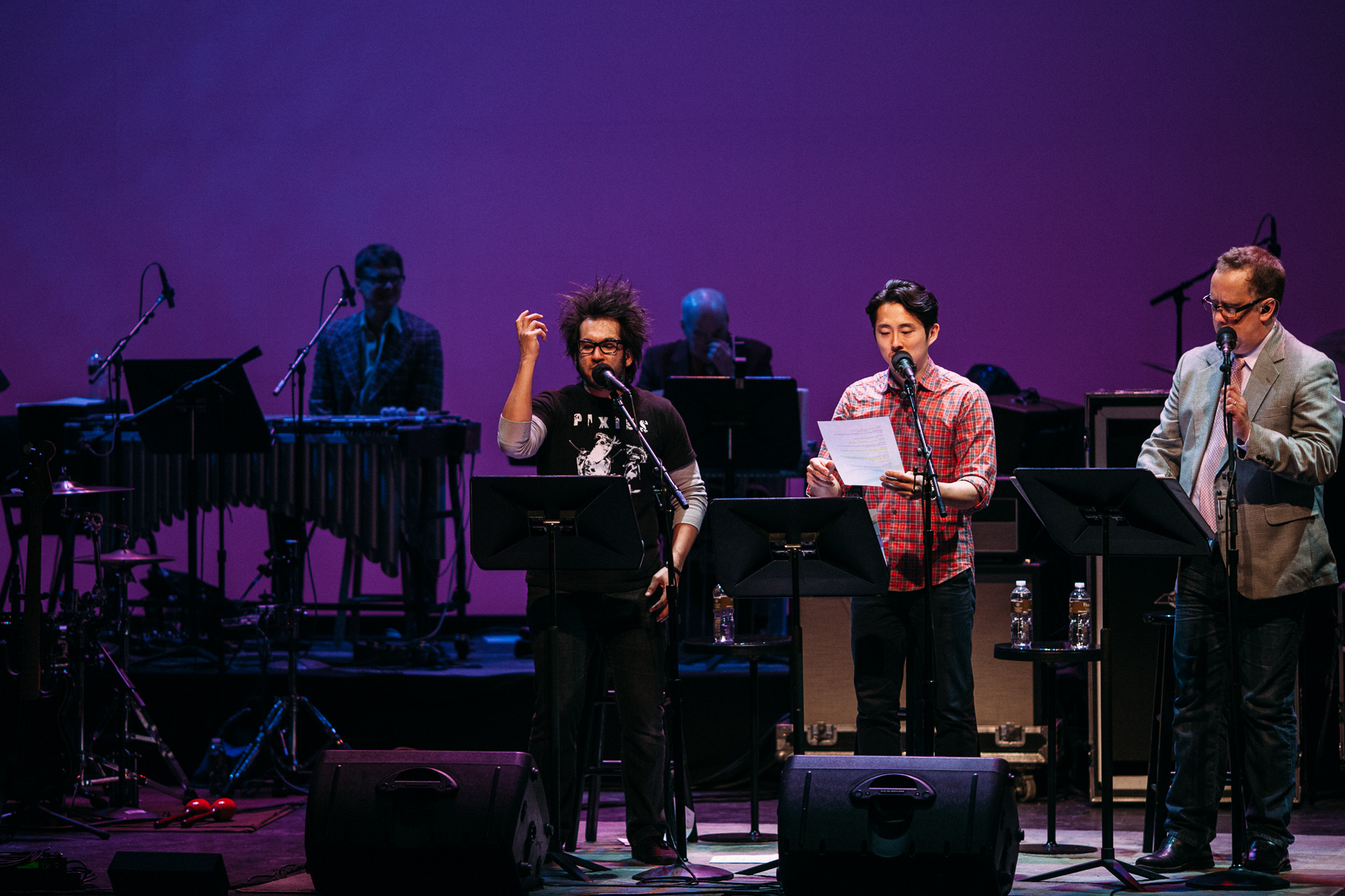 Motion_City_Soundtrack_And_Steven_Yeun_Perform_On_Wits_053.JPG
