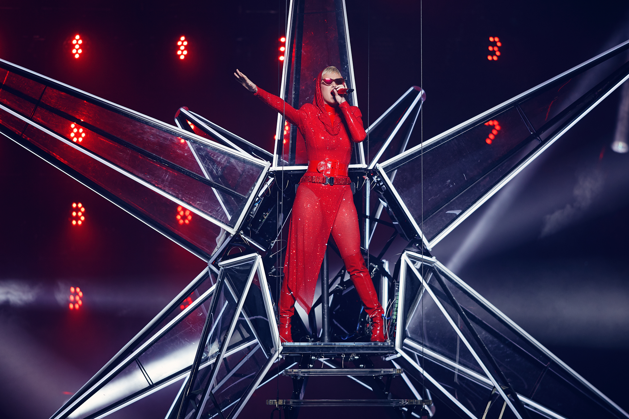 Katy_Perry_At_Xcel_Energy_Center_12-01-2017_Photo_By_Joe_Lemke_004.jpg