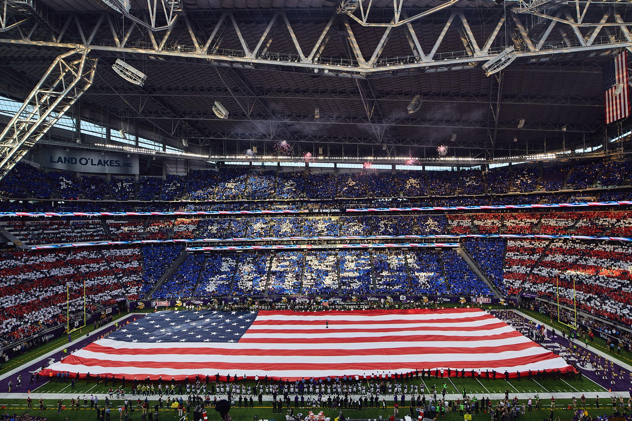 Minnesota_Vikings_9-11_Never_Forget_Flag_US_Bank_Stadium_Minneapolis_Minnesota_Photography_By_Joe_Lemke_045.JPG