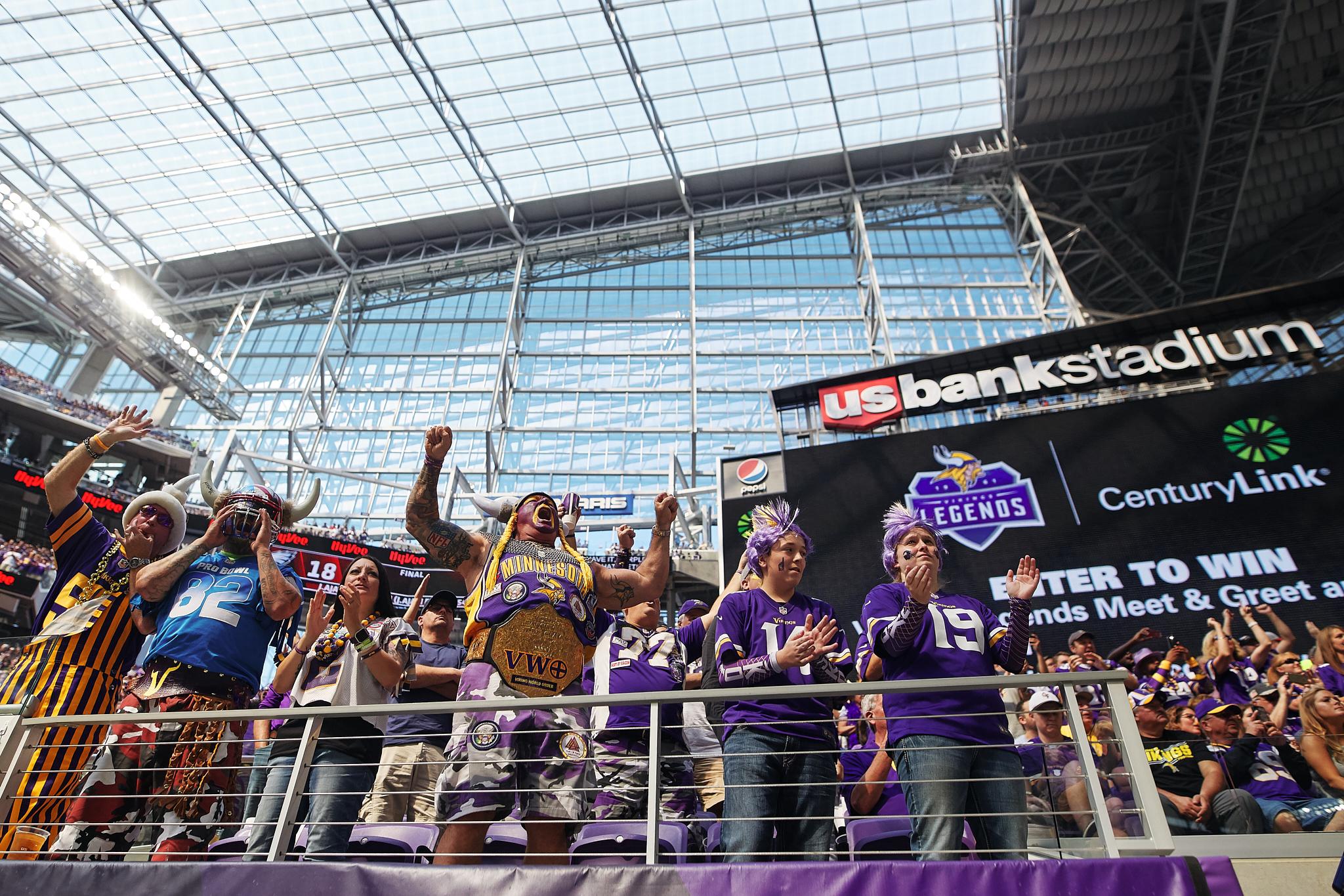 Minnesota_Vikings_Game_US_Bank_Stadium_Minneapolis_Minnesota_Photography_By_Joe_Lemke_053.JPG