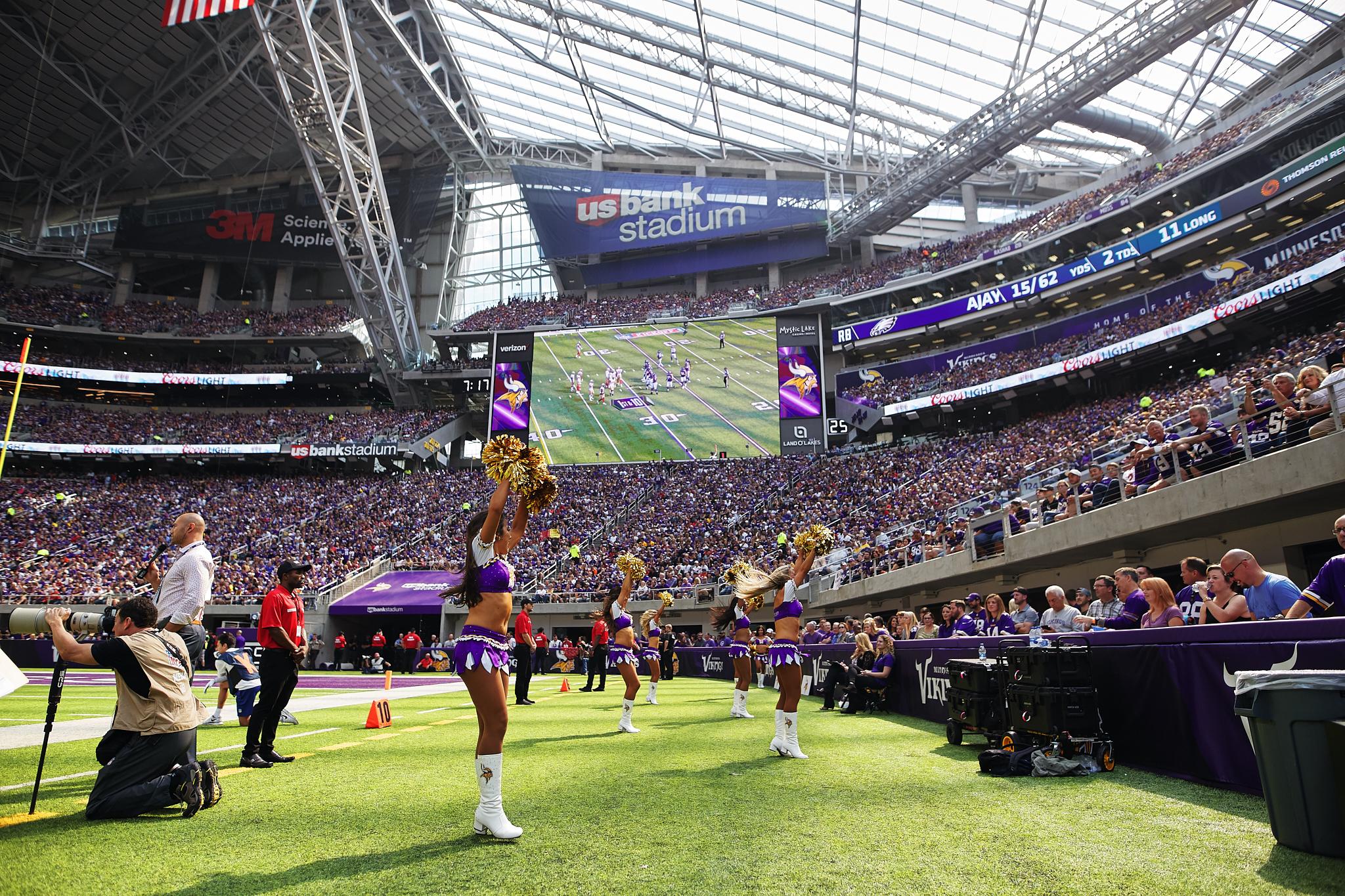 Minnesota_Vikings_Game_US_Bank_Stadium_Minneapolis_Minnesota_Photography_By_Joe_Lemke_054.JPG