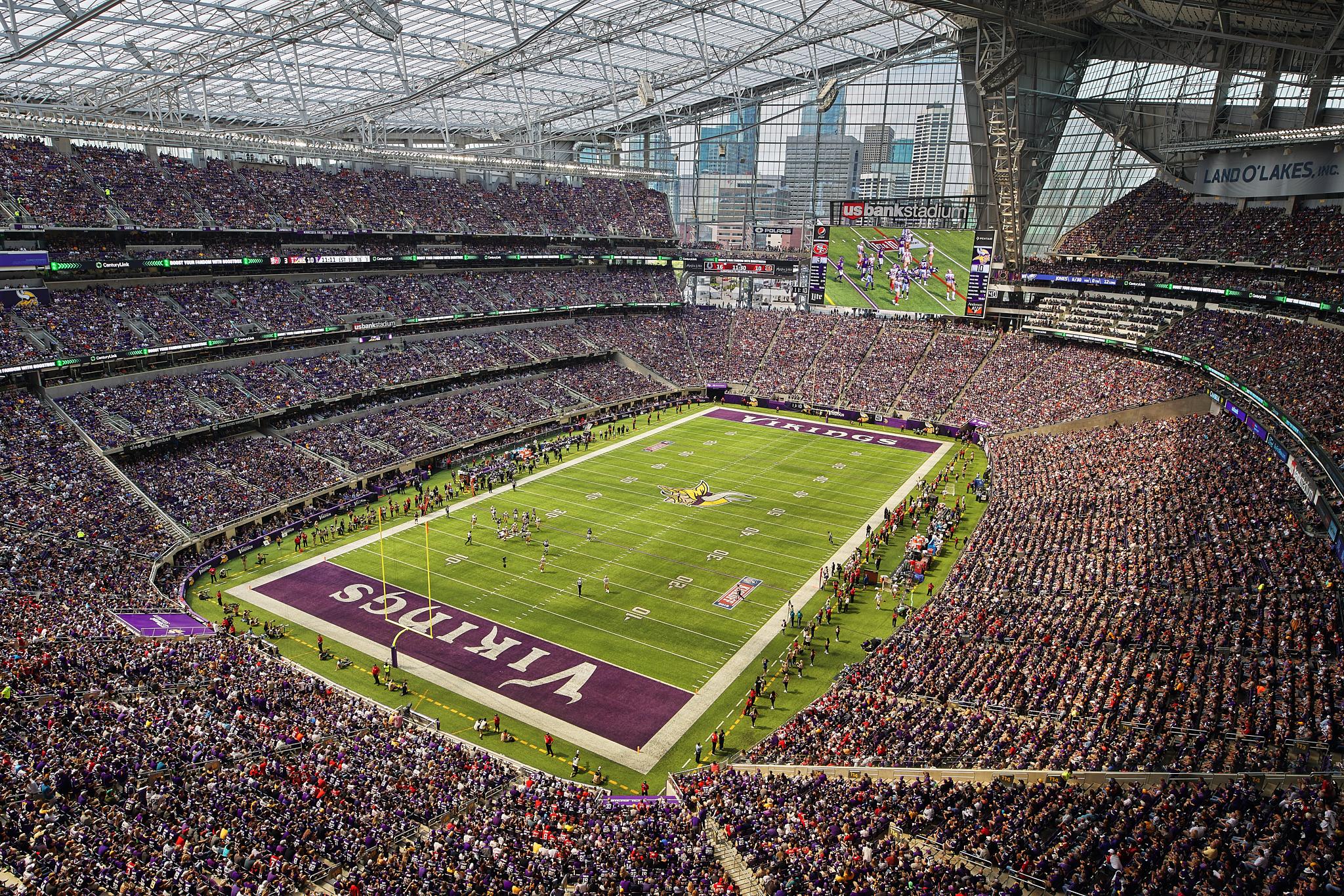 Minnesota_Vikings_Game_US_Bank_Stadium_Minneapolis_Minnesota_Photography_By_Joe_Lemke_055.JPG