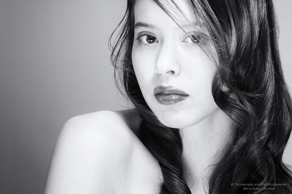 Black and White Portrait of Natsumi.