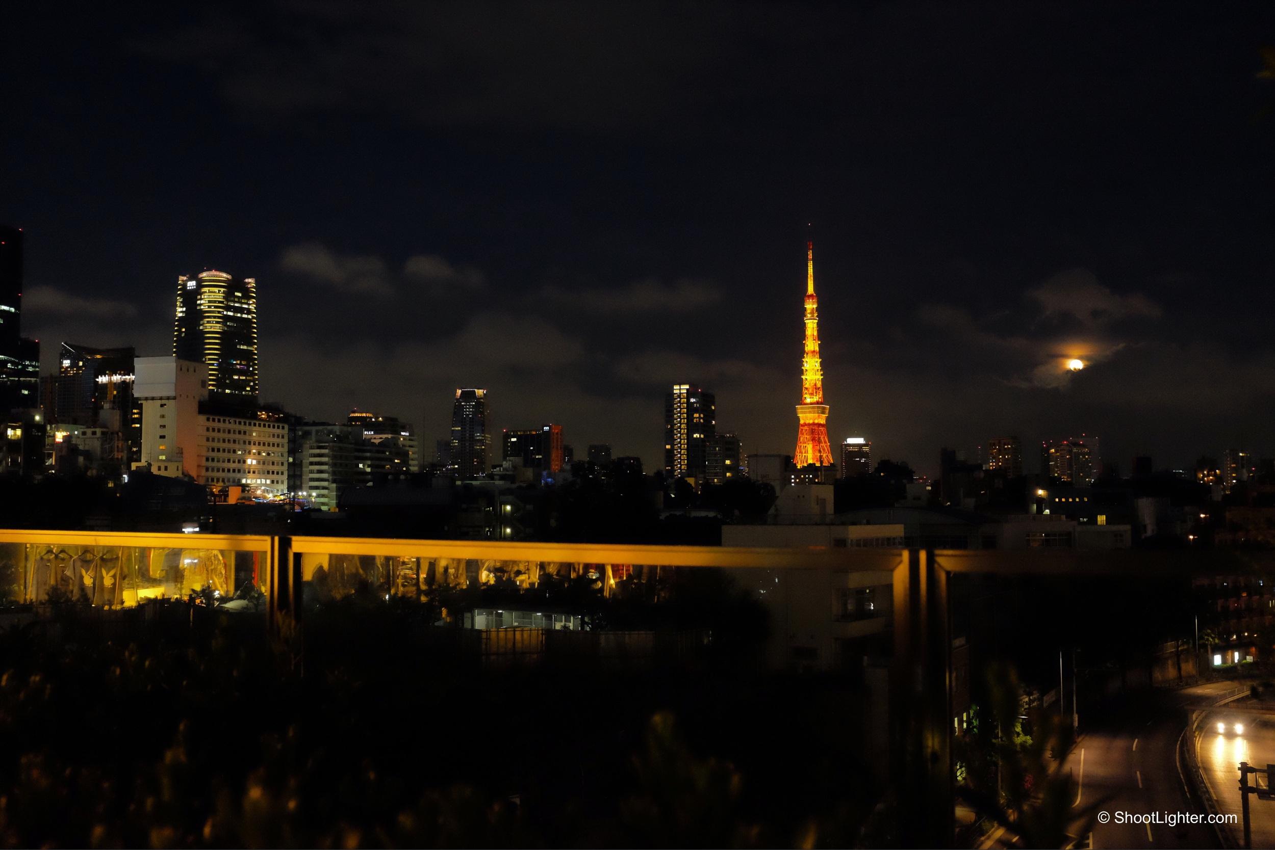 Roppongi, Tokyo -Fuji x100T, ISO 2500, f/4, 1/60 sec. No edit. Straight out of camera.