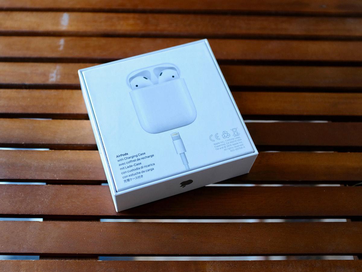 airpodsBoxBack.jpg