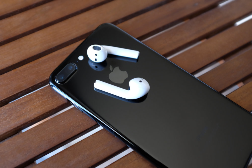 iPhone 7 Plus Jet Black and AirPods