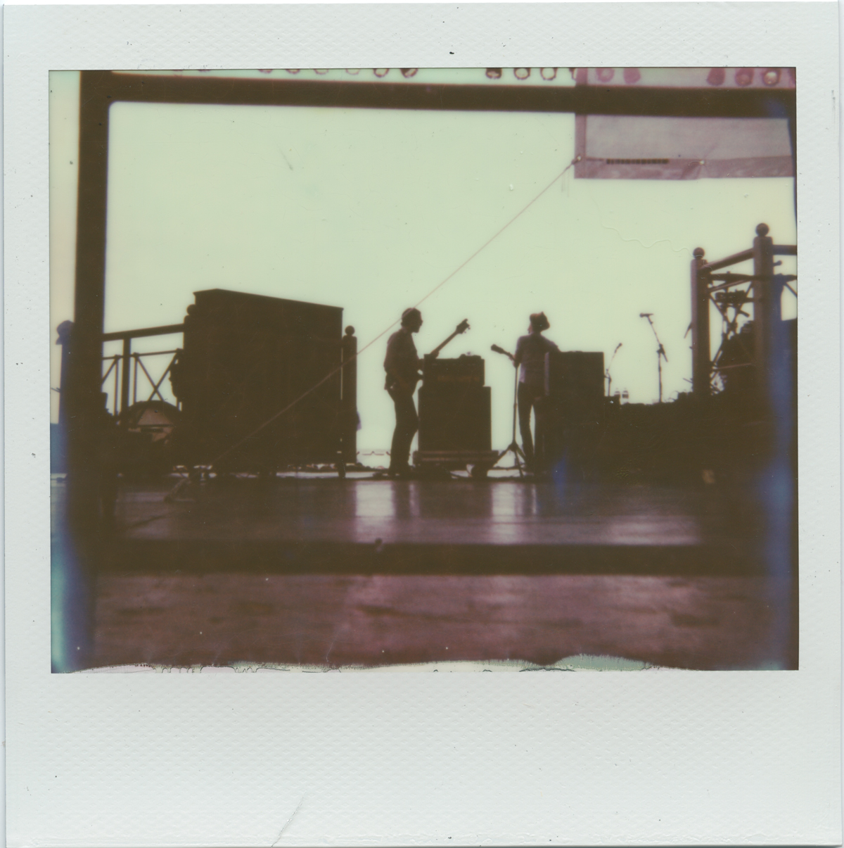NFF-The-Lumineers-from-behind.jpg