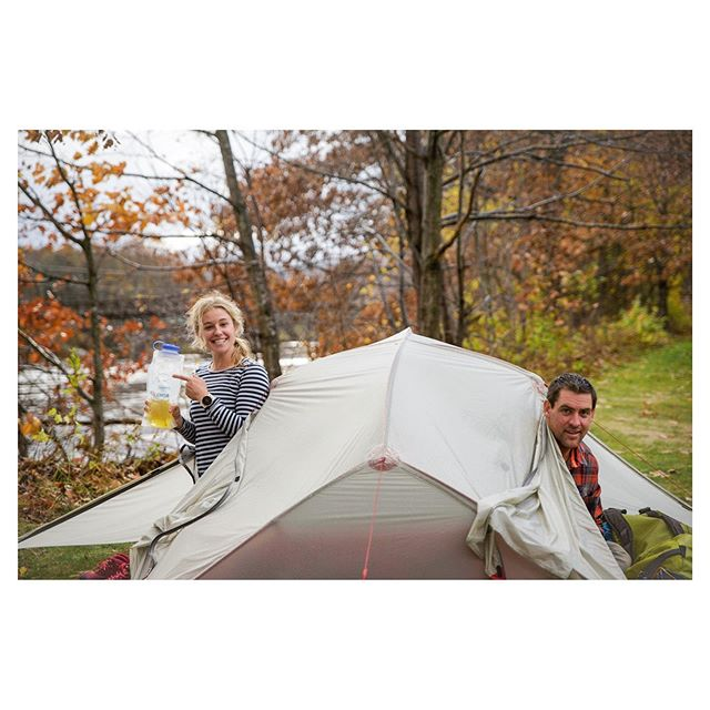 That ain't lemonade.  Now-newlyweds @carolinegleich & @rob.lea breaking in their tent on a bike packing trip a couple years back. Check out Caroline's 'gram for more pee-bottle action!