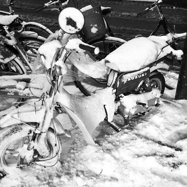 @hunty that #scooter doesn't look so useful today - #snow #winter #copenhagen