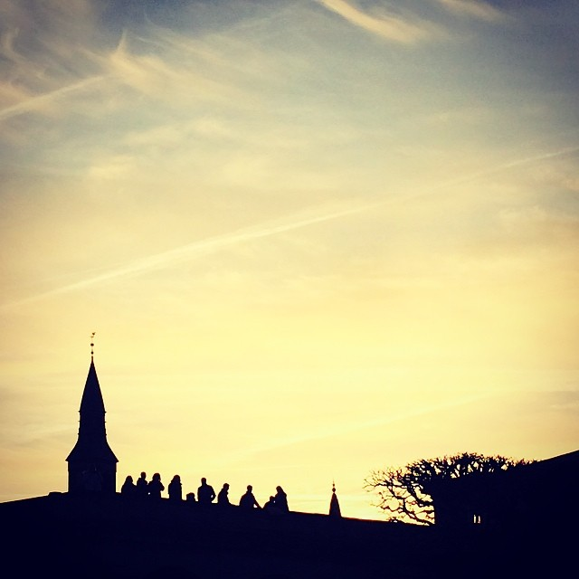 People gathering on the balustrade at #christiansborg ready to watch the show - #copenhagen