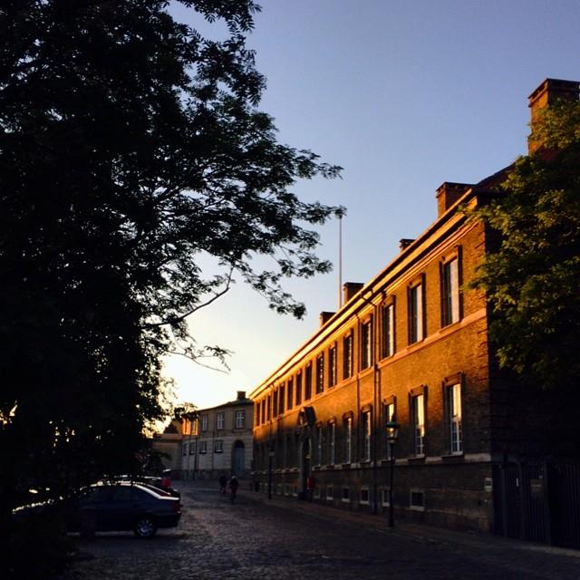 #sunkissed late evening in #copenhagen #christiansborg