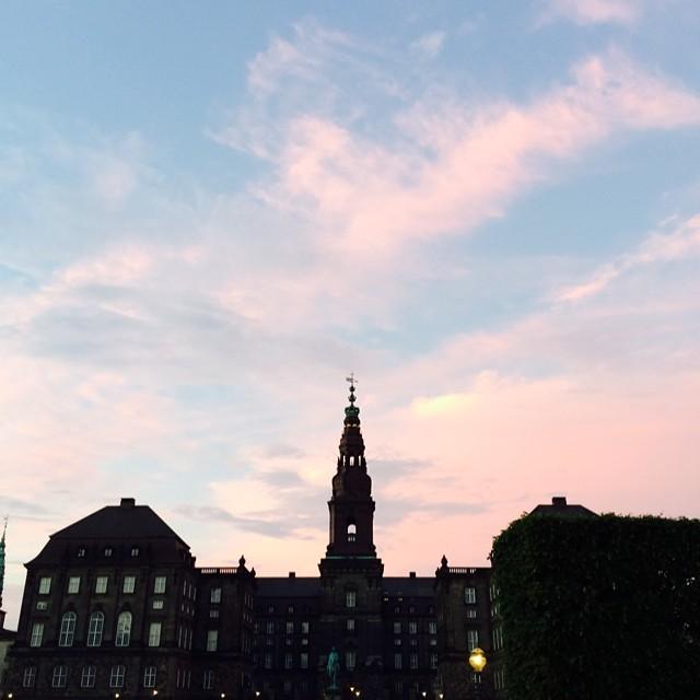#christiansborg #copenhagen #sunset #nofilter