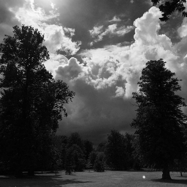 #sunshine and #rain today in #fredriksbergpark #copenhagen #vscocam #blackandwhite #clouds