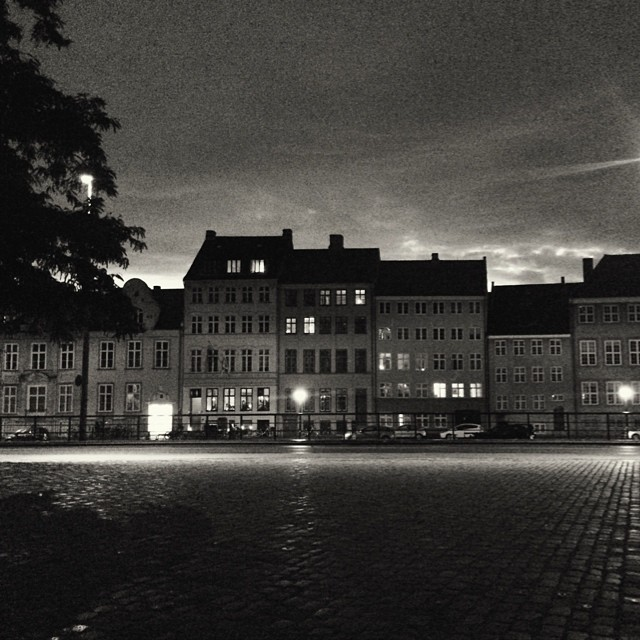 The view across the #canal from #thorvaldsenmuseum #copenhagen #blackandwhite #night #city