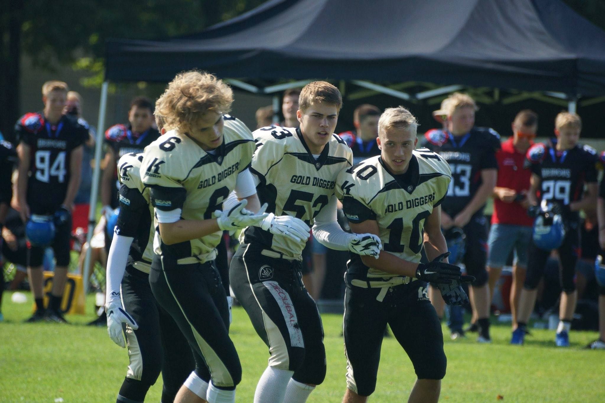 U16 profiles WR Thomas Ashworth(left), LB Magnus Vöge(middle), RB Nicklas Hansen(right). - Photo by Kenneth Ulrich