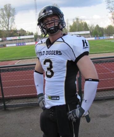 Kasper Øelund,Player - NL LB 2008-2012464 Tackles17 Sacks6 INT'sNational Champion: 2009 & 2010Runner-up: 2008, 2011 & 2012EFAF-Cup Winner: 2012*All Time Leading SGD NL Tackler*Inducted in 2018
