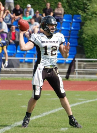 Alexander Cimadon,Player - NL QB 2008-2012999/1648 - 60,6% - 13.126 yards - 132/35 (TD/INT)301 carries - 1782 yards - 30 TD'sNational Champion: 2009 & 2010Runner-up: 2008, 2011 & 2012EFAF-Cup Winner: 2012*All Time Leading SGD NL Passing Yards*All Time Leading SGD NL Passing Touchdowns*All Time Leading SGD NL Rushing Touchdowns*3rd in All Time Leading SGD NL Rushing Yards*Inducted in 2016