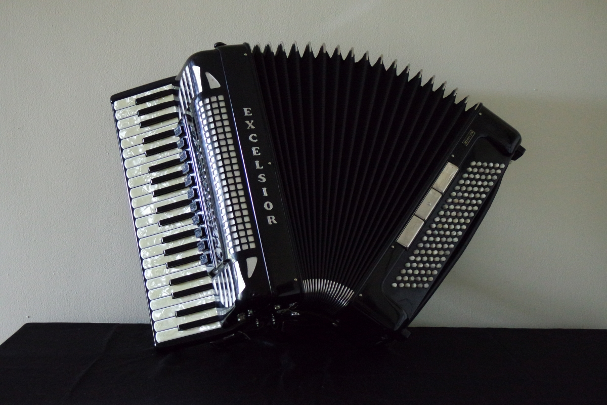 excelsior_accordion3.JPG