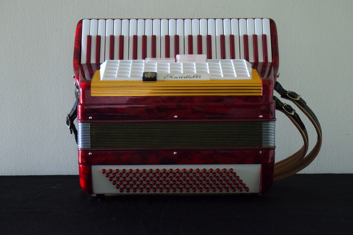 scandalli_accordion1.JPG