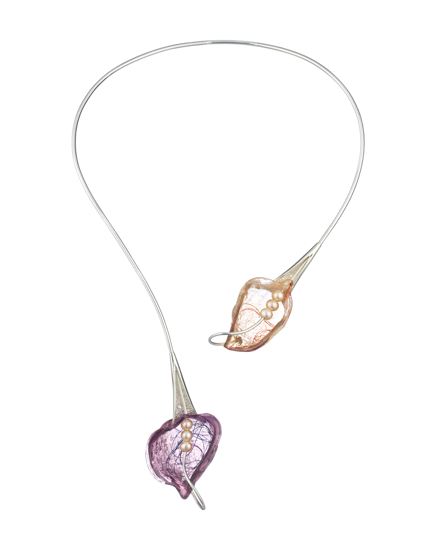 BREATH Neckpiece | 2014 | Mary Lynn Podiluk Sterling silver, freshwater pearls, dyed resin, thread 22.5H x 13.2W x 2.5D cm