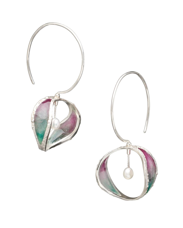 2015-10-Mary-Lynn-Podiluk-Continuant-Earrings-R04a.jpg